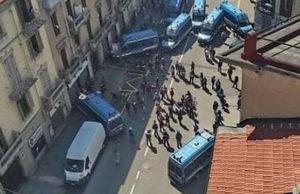 Протест анархистов Турина во время коронавируса
