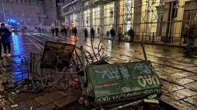 Уличные войны и беспорядки в Италии Турин