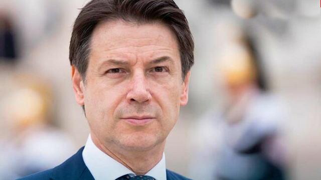 Премьер Италии Конте новый указ безопасности третья волна