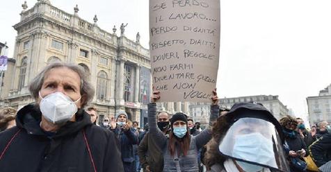 Протест против коронавируса Италия Турин