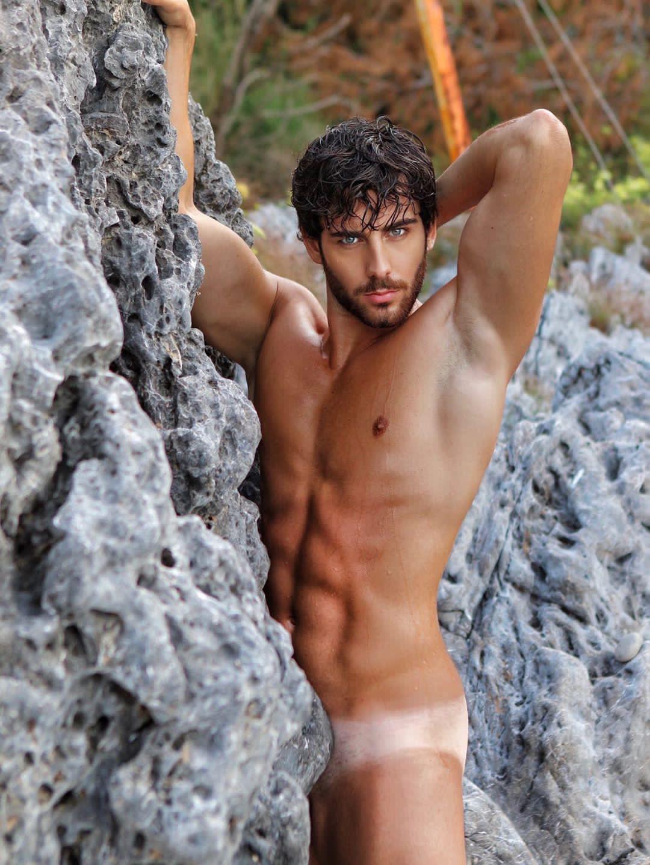 Джузеппе Москарелла ню фотографии для календаря Mister Italia на 2021 год