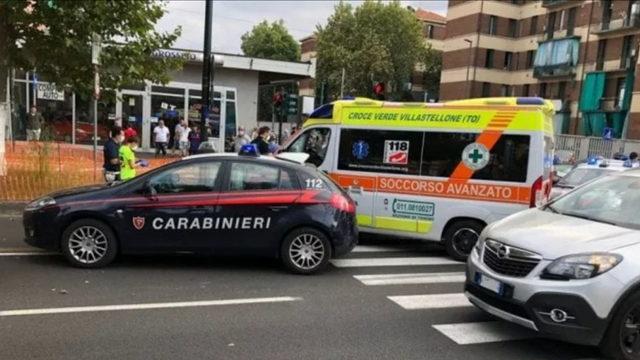 В Турине полицейская машина сбила женщину стоящую на тратуаре